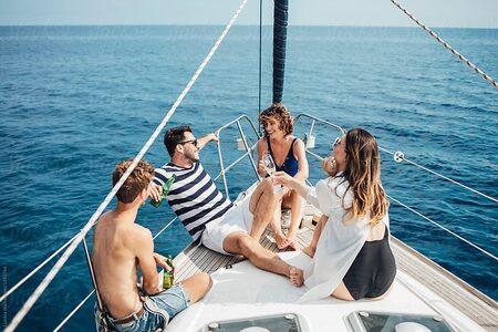 Vacanza in barca con gli amici?